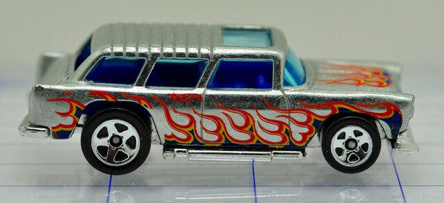 File:55-chevrolet-nomad-silver-flames-hw (2).jpg