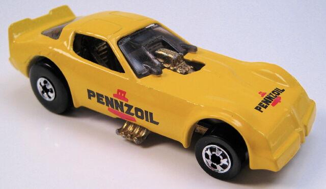 File:Firebird funnycar yellow bw pennzoil.JPG
