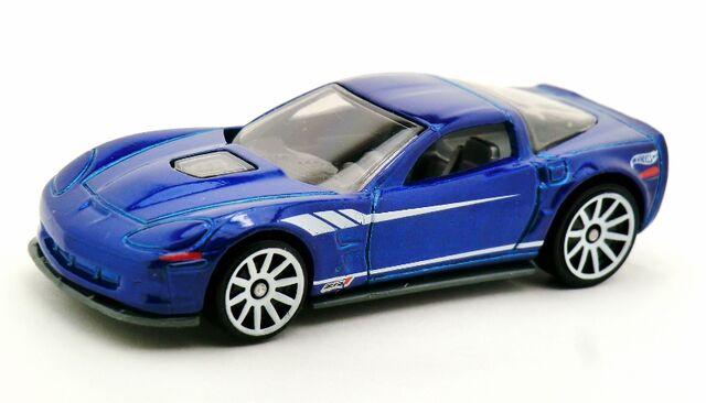 File:'09 Corvette ZR1-2013 3-Pack.jpg