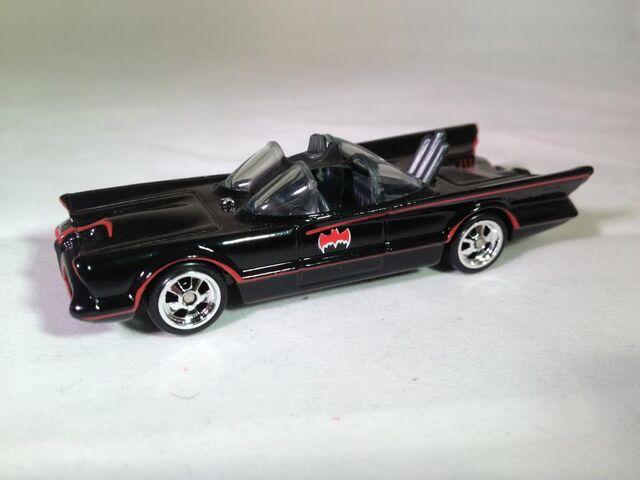 File:66 Batmobile Loose.jpg