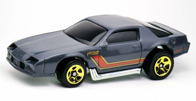 File:Blown Camaro-2013 5-Pack.jpg