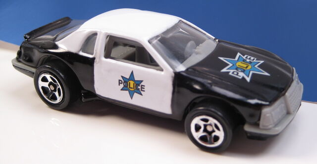 File:Buick stocker police car.JPG
