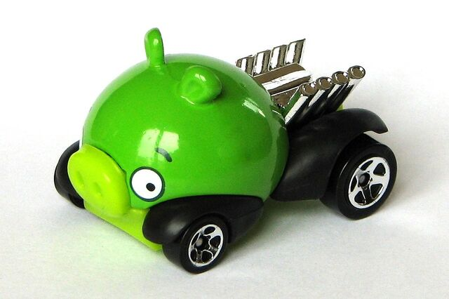 File:Minion Pig - 2012 New Models - green - 1.jpg
