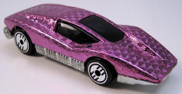 File:Aeroflash purple gleam team with chrome UH.JPG
