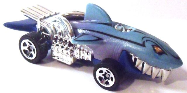 File:Sharkruiser OctoBattleColorShifters WarmWater.JPG