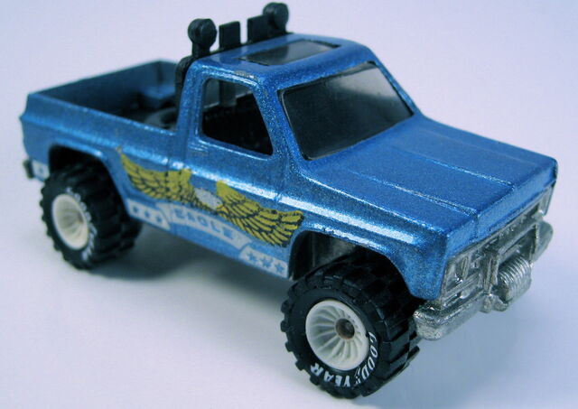 File:Bywayman blue with white hubbed real riders.JPG