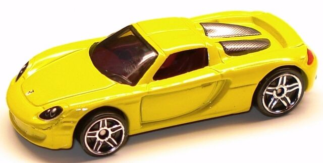 File:Porschecarreragt yellow.JPG