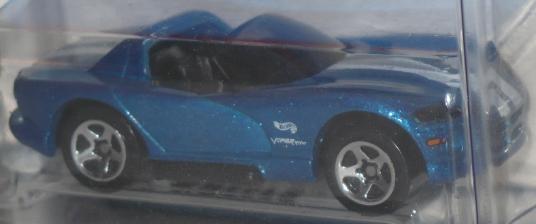 File:Viper Blue White Stripes.jpg