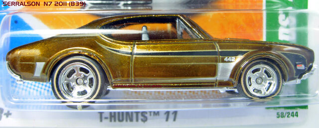 File:'68 OLDS 442 T-HUNT$ 2011.jpg
