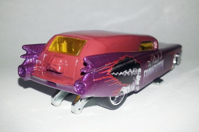 File:HW-Universal Monsters-'59 Cadillac Funny Car-The Bride Of Frankenstein.....jpg