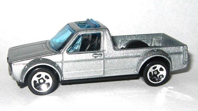 File:HW-2015-124-Volkswagen Caddy-HotTrucks.jpg