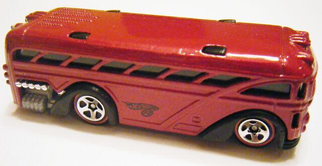 File:Surfin School Bus - RL Red.jpg