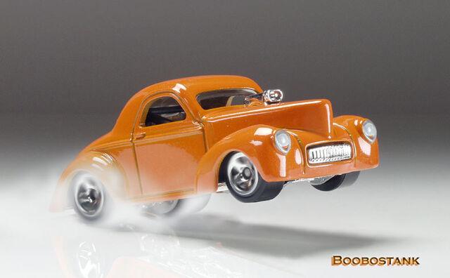 File:Willys 41 Coupe 09 RF Wheelie Thoma.jpg