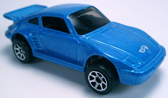 File:Porsche 930 blue 7sp 5-pack.JPG
