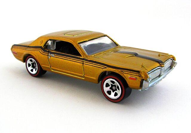 File:1968 Mercury Cogar Gold.JPG