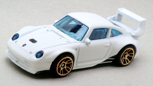 File:Porsche 993 GT2-2014 027 white.jpg