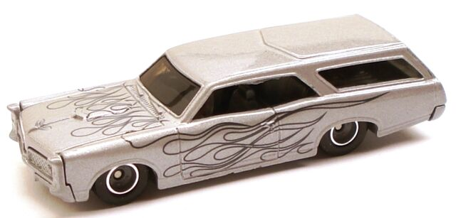 File:66GTOwagen LG grey.JPG