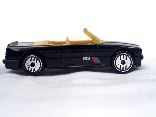 File:1989 BMW 323 Side Right.jpg