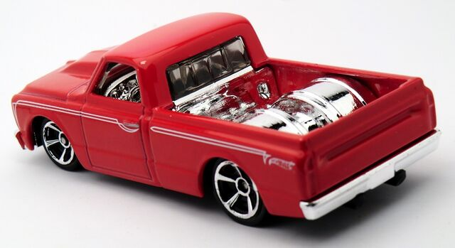 File:'67 Chevy C10-2013.jpg