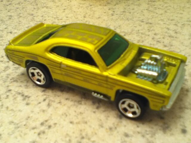 File:Cars 002.jpg