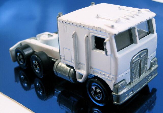 File:Steering rigs white cab.JPG