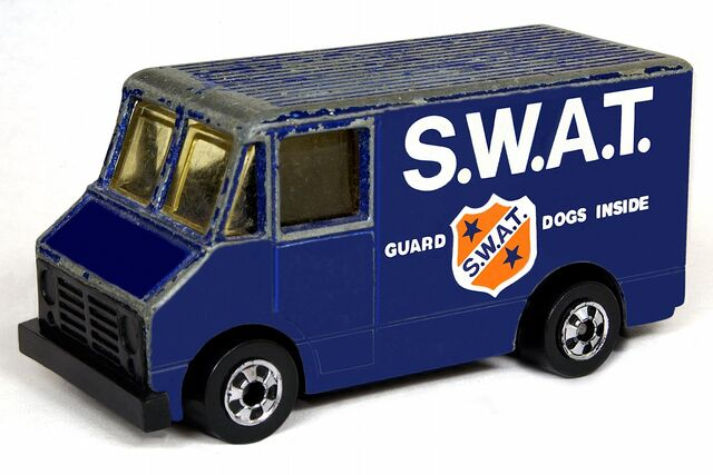 File:S.W.A.T. Delivery Truck - 6001gf.jpg