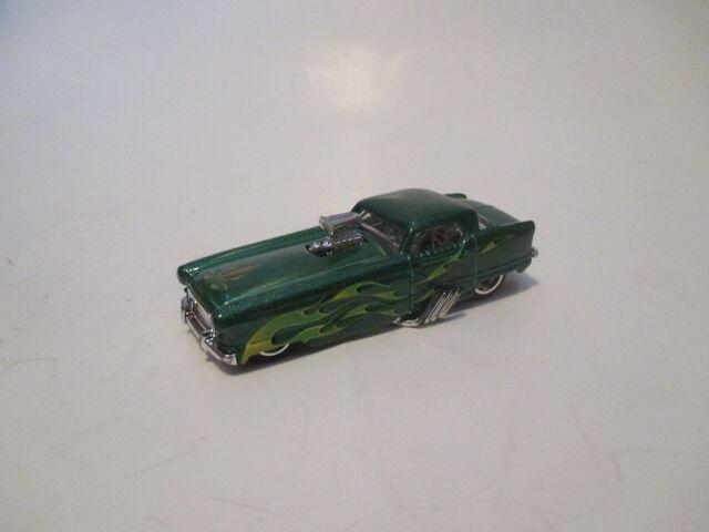 File:Larry's Garage Nash Metropolitan.JPG