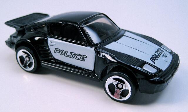 File:Porsche 930 black 3sp silver China base Cyborg City 5-pack 2001.JPG