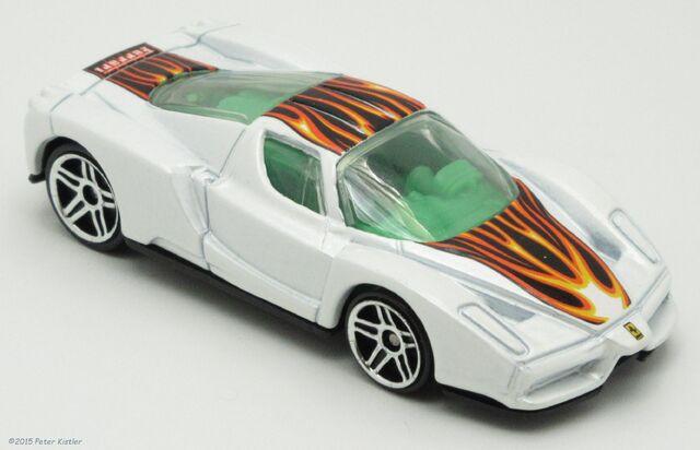 File:Enzo Ferrari-22256.jpg