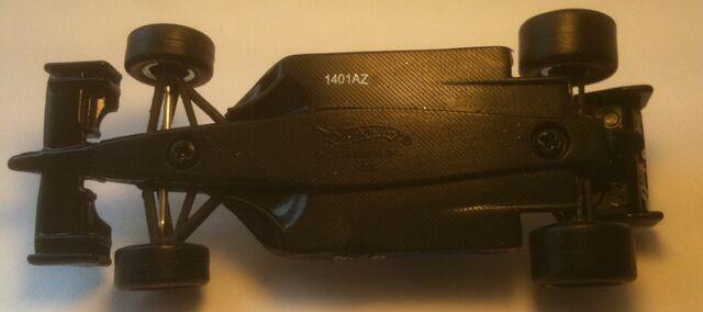 File:IZOD 2011 Hot Wheels ALEX Tagliani BOTTOM View.jpg