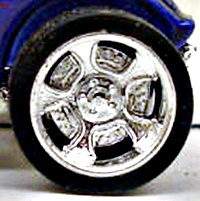 File:Wheel street show2 AGENTAIR.jpg