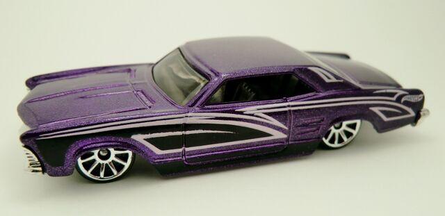 File:'64 Buick Riviera-2013 238 Muscle Mania.jpg