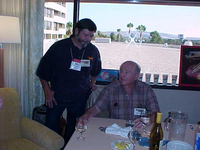 File:Bob and Elliott Handler.jpg