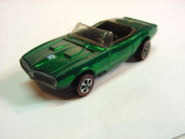 File:1968 Firechicken green with doorlines USA .jpg
