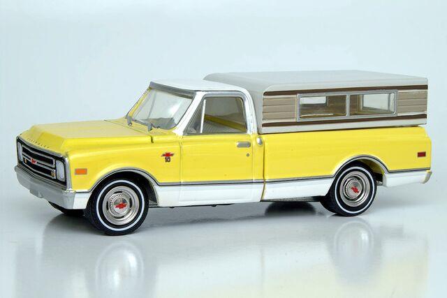 File:Greenlight 1968 Chevrolet C-10 - 2578df.jpg