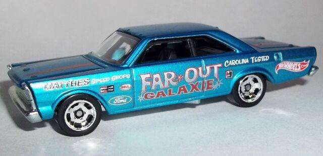 File:HW-2014-Cool Classics--16-'65 Ford Galaxie.jpg