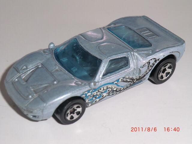 File:Ford GT-40 CIMG0472.JPG