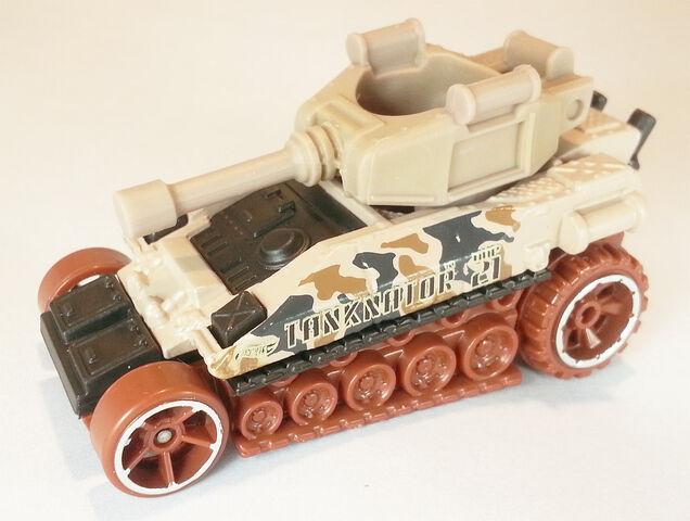 File:TanknatorDHW91.jpg