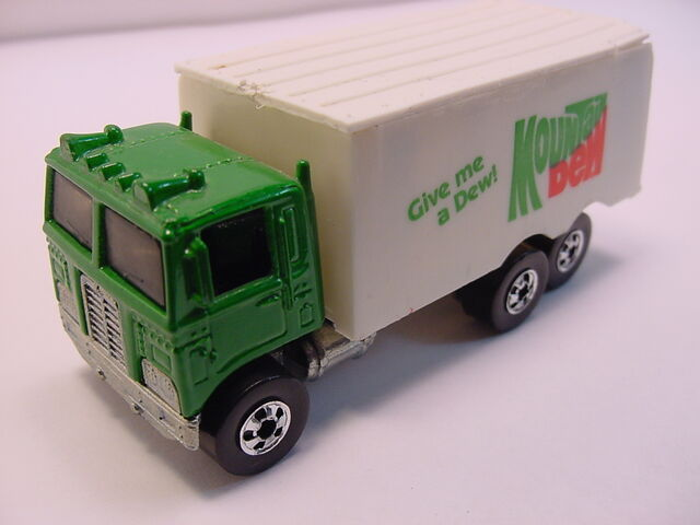 File:1983 Hiway hauler Mountain Dew.jpg