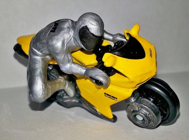 File:HW-Motor Cycles-Ducati 1098R.jpg