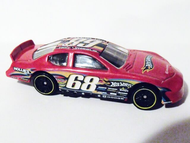 File:Dodge Charger Stock Car Red.jpg