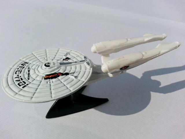 File:U.S.S. Enterprise NCC-1701 1 side.jpg