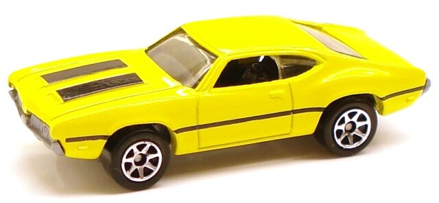File:Olds442 yellow greybase.JPG