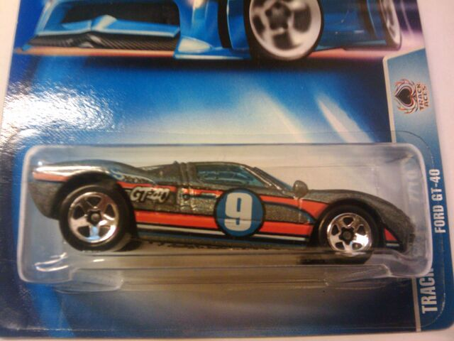 File:Track Aces Ford GT40.jpg