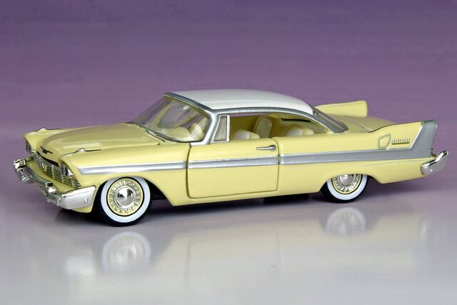 File:M2 Machines Auto-Thentics 1958 Plymouth Belvedere - 2544ef.jpg