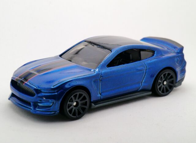 File:Ford Shelby GT350R-2016 087.jpg