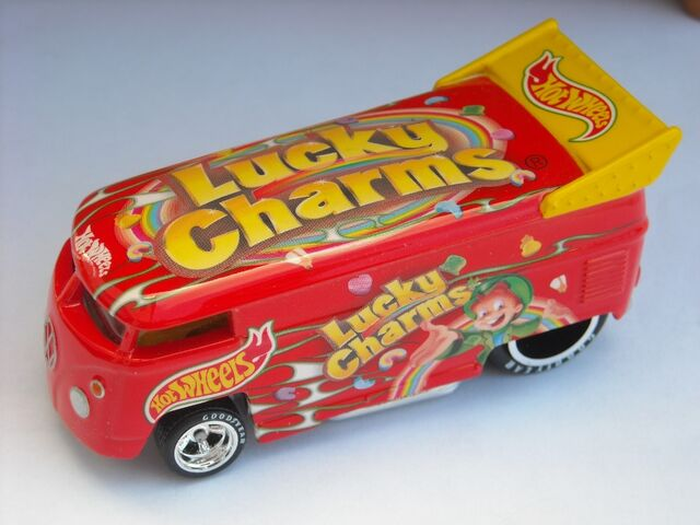 File:HW VW Drag Bus Lucky Charms.jpg