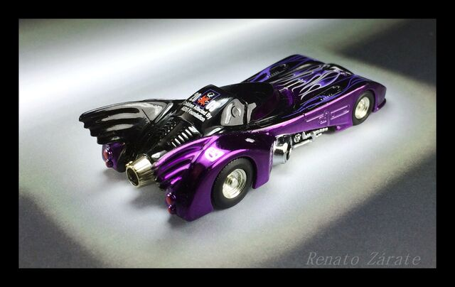 File:DREAM HALLOWEEN 2013 CAAF BATMOBILE 1989.JPG