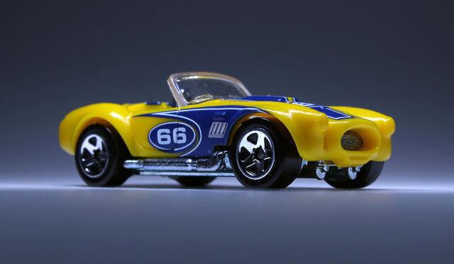 File:Shelby Cobra 427 (2009 Colour Shifters).jpg