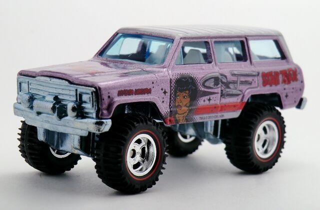 File:'88 Jeep Wagoneer-2014 Pop Culture.Star Trek.jpg